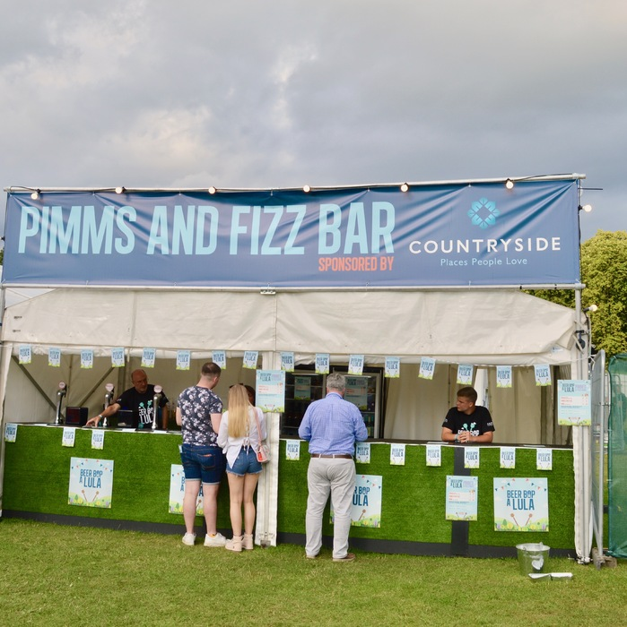 The Pimms & Fizz Bar